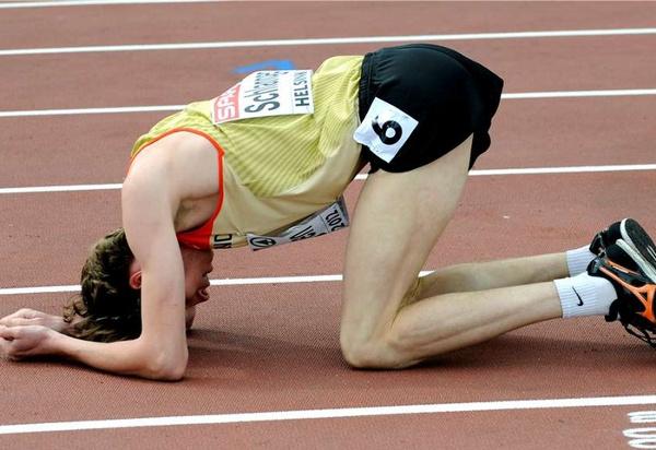 Europameisterschaften Helsinki - Schlangen hat das Pech an den Hacken - Bild Iris Hensel